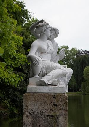 2 Women in Tübingen